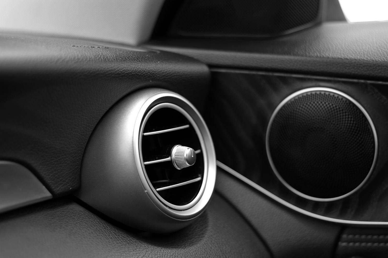 Mercedes-Benz C-razred 220d limuzina - šobe ventilacije
