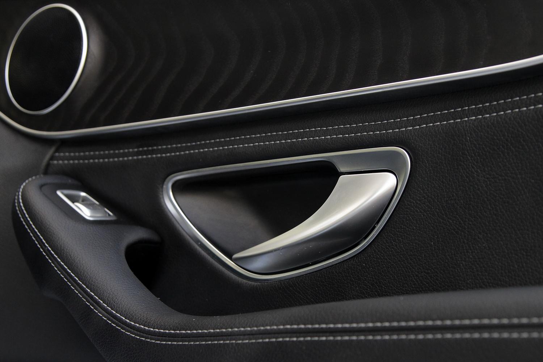 Mercedes-Benz C-razred 220d limuzina - detajli na vratih