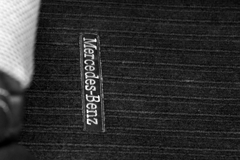Mercedes-Benz C-razred 220d limuzina - originalni tepihi