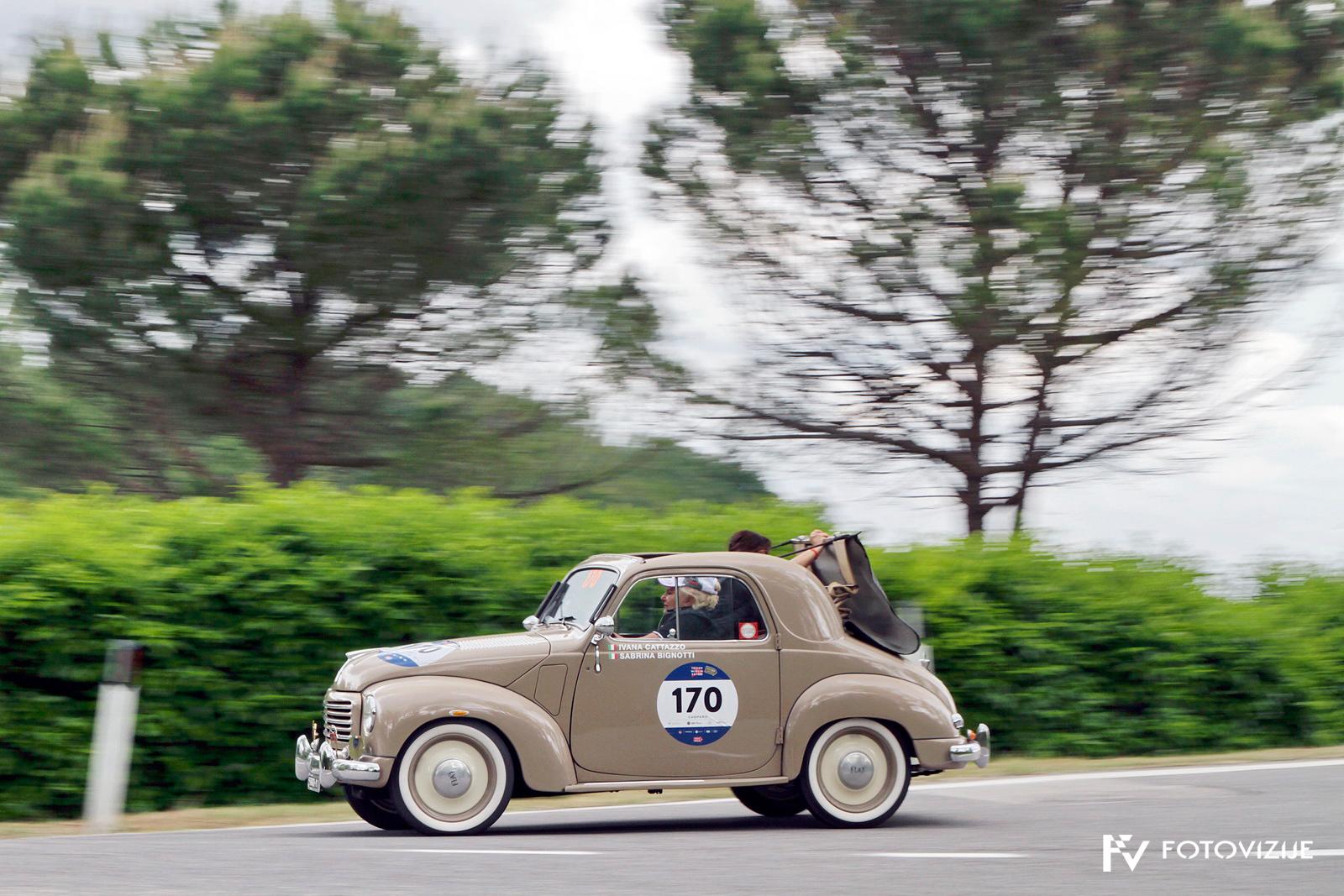 Mille Miglia 2018: Zakaj bi se ustavile, če gre streho zložiti med vožnjo skozi ovinke