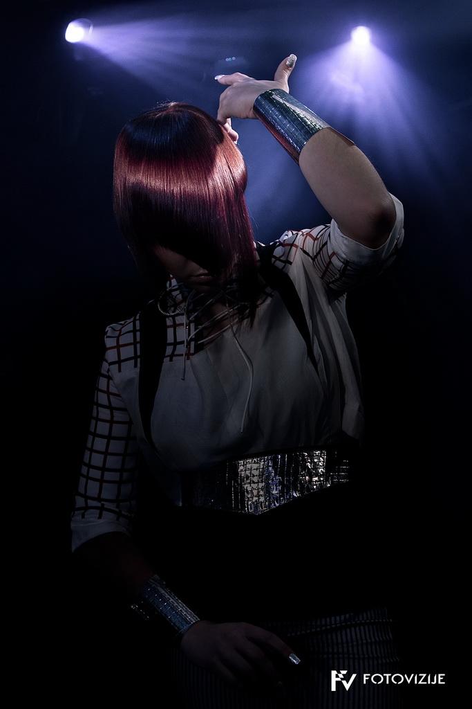 Fotografije frizerske kolekcije Di-lights