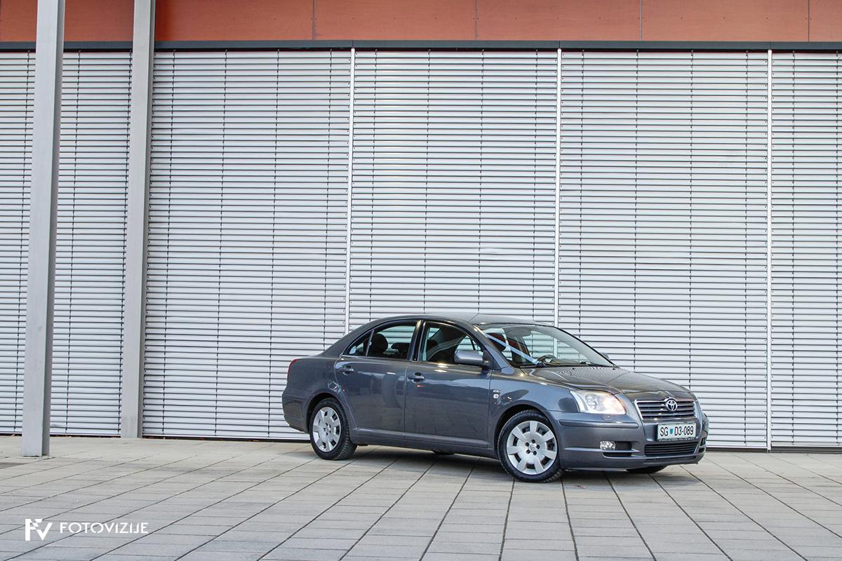 Toyota avensis 2,0 D-4D Sol, 2003
