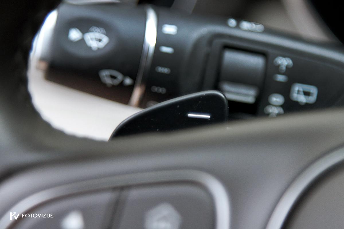 Mercedes-Benz C 220d karavan Avantgarde-Luxury 2016 - lopatica za ročno upravljanje samodejnega menjalnika