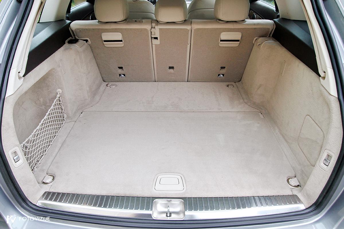 Mercedes-Benz C 220d karavan Avantgarde-Luxury 2016 - prtljažni prostor z odstranjenim pregrinjalom