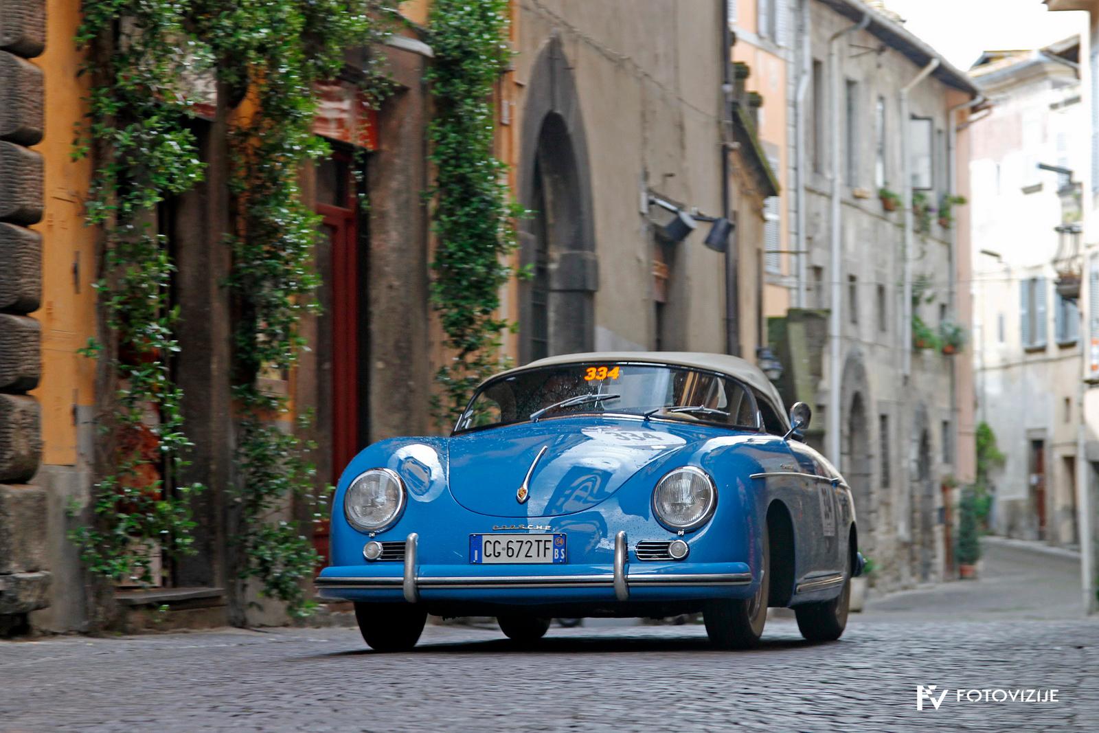 Porsche speedster na izhodu iz Viterba