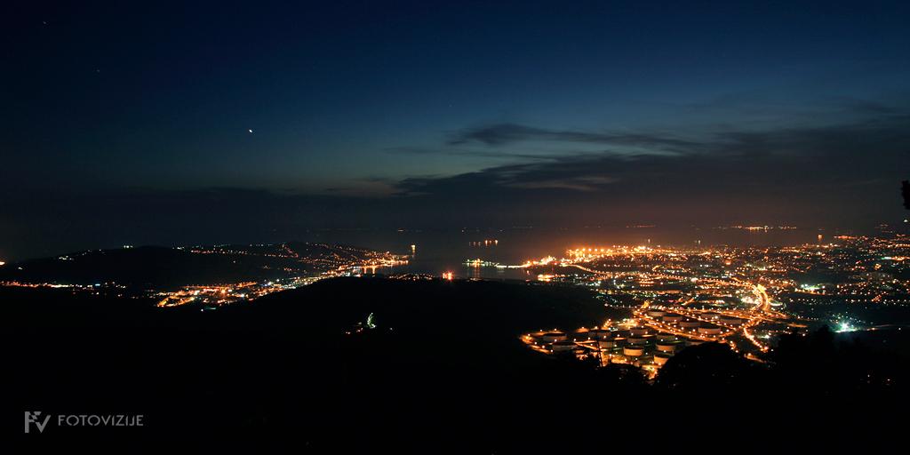 Nočna panorama Trsta